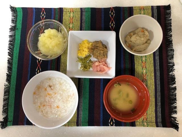 ちらし寿司 刻み食:飲み込む力が弱い人が容易に飲み込むことが出来る食事です。